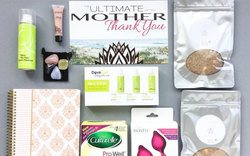 mother gift box mom to be subscription box