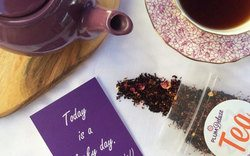 plum deluxe monthly tea subscription box